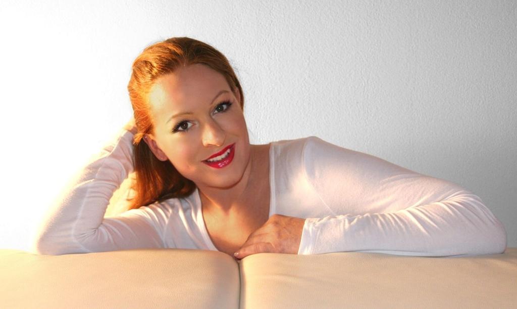 wellness massage munich. Black Bedroom Furniture Sets. Home Design Ideas
